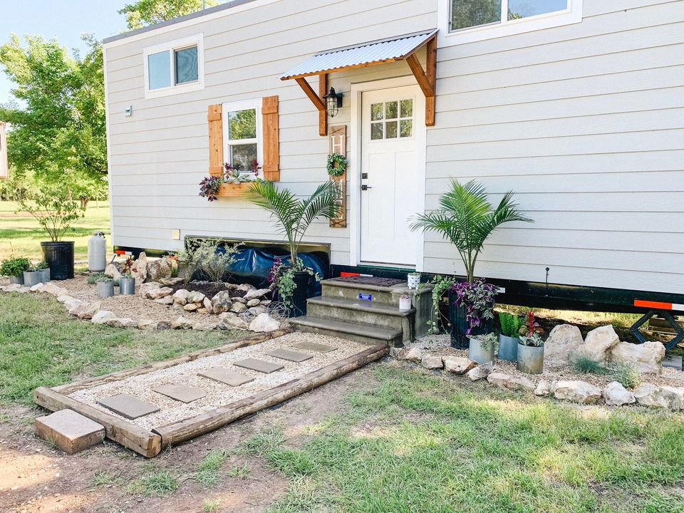 Hoover And Co. Tiny Home Builders Joins THIA